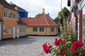 The Hans Christian Andersen House in the old quarter 1600px